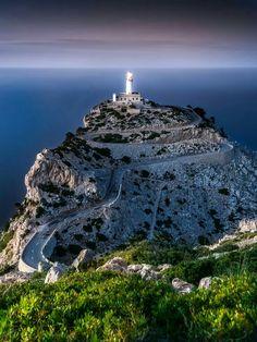 Cap Formentor - Mallorca Bin there, It was fantastically beautifull! Menorca, Beautiful World, Beautiful Places, Mallorca Island, Balearic Islands, Spain And Portugal, Spain Travel, Travel Around The World, Wonders Of The World