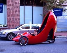 High heel cycle...i need this to ride in around campus