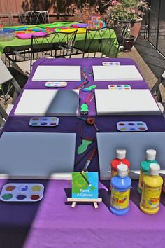 Kids Art Party - Design Dazzle - Beth Design Dazzle: Kids Art Party - painting station, and Play Doh Rapunzel Birthday Party, Tangled Party, 6th Birthday Parties, 7th Birthday, Birthday Ideas, Artist Birthday Party, Craft Birthday Party, Birthday Party Centerpieces, Tinkerbell Party
