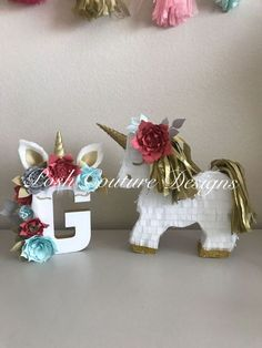 Unicorn Piñata Gift Set/ Unicorn Centerpiece/ Unicorn First Birthday/ Unicorn Photo Prop/ Unicorn Bridal Shower/ Unicorn Baby Shower Give an extra touch of magic with this beautifully handcrafted Unicorn Gift Set. What a special way to surprise the birthday girl with this beautifully handcrafted Unicorn Letter & Unicorn Piñata! A gift that will not only bring the biggest smile but will be cherished forever!! --------Listing------------ (1). Unicorn Letter Meas...