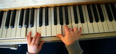 How can tots learn to play? Suzuki Piano Method: Music Lessons for Young Children