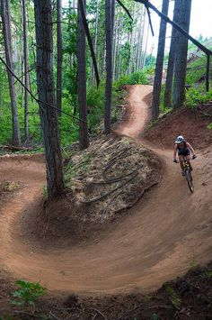 Hood River Mountain Bike Adventures, Bike Tour Hood River Oregon