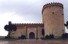 Arevalo Castle lies, in a village with the same name, in the north of the province of Avila in Spain.