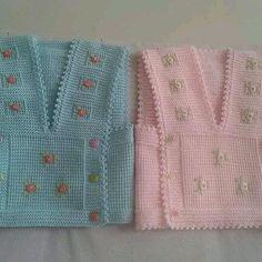 Kız Bebek Yelek Modelleri - Minik Prenseslere 40 Adet Kız Bebek Yelekleri Baby Knitting Patterns, Knitting For Kids, Cardigan Bebe, Baby Cardigan, Baby Girl Vest, Baby Dress, Baby Baby, Baby Girls, Pull Bebe