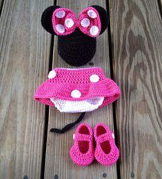 Disfraz de Minnie Mouse | 29 Cosas increíblemente geniales que puedes tejer para un bebé