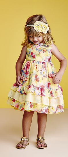 Animê | Verão 2014/15 | moda infantil feminina Little Girl Dresses, Dresses For Teens, Cute Dresses, Toddler Dress, Toddler Outfits, Baby Dress, Young Fashion, Kids Fashion, Frock Patterns