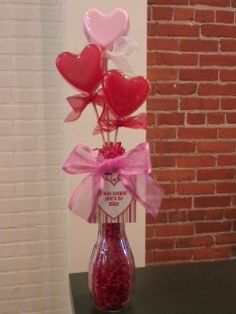 Flowers are pretty and all, but how about a soap bouquet to tell someone you love them? Much more useful!