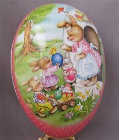 Beautiful German Paper Mache Easter Egg Candy Box Erzgebirge Germany 4.5 inch