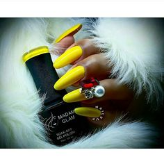 Madam Glam Gel - Mimosa - Bright Yellow Cream - Big 5 Free Soak off Gel Polish