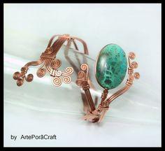 Miedzina branzoleta na ramię z zielona Kryzokola w ArtePora Craft na DaWanda.com