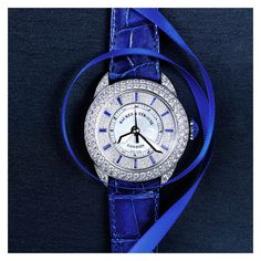 The Piccadilly Blue Velvet 💙 English Heritage, Oval Faces, Oval Diamond, White Shop, Blue Velvet, White Gold Diamonds, Leather, Accessories, Collection