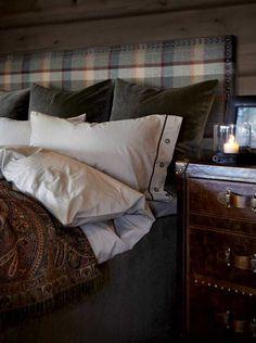 rustic bedroom wall decor - Internal Home Design Cozy Bedroom, Bedroom Wall, Master Bedroom, Bedroom Decor, Master Suite, Wall Decor, Living Room Remodel, Cheap Home Decor, Home Design