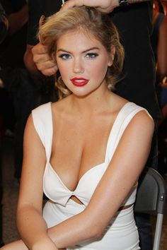 #FlashbackFriday to the gorgeous Kate Upton at Miami Swim Week in 2012. Along with The Sean Donaldson Salon, Keratin Complex helped style all the models walking the runway that night!