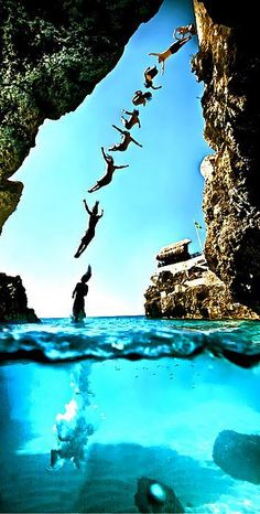 Cliff diving #ROXYOutdoorFitness