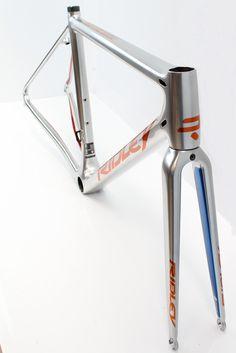 Helium SLX - Custom Chrome with Orange and Blue Candy
