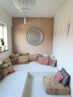 Lounge, Very Well, Color Pop, Couch, Colorful, Boho, Living Room, Pillows, Wall
