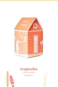 Tropicalia beach house - Chill out with this tropical coconut-pineapple blend. Back for a limited time!