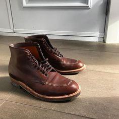 styledepremier Sathurday morning... #aldenshoes #chromexcel #boots #menswear #menstyle #menstagram #menshoes #casual #montreal #styledepremier 2018/02/25 00:51:18