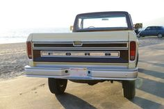 1978-ford-f250-lariat-camper-special-4x4-long-bed-dana-60-front-and-rear-axles-4.JPG 640×427 pixels