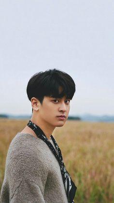 I swear he gets more and more handsome every day Kim Jinhwan, Chanwoo Ikon, Ikon Members Profile, Yg Entertainment, K Pop, Ikon Kpop, Yg Ikon, Jay Song, Hip Hop