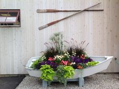 dinghy planter! just need an old dinghy...anyone???