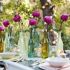 DIY Bastelideen für festliche Tischdeko flaschen glas blumenvasen