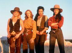 Drew Barrymore, Mary Stuart Masterson, Andie MacDowell, Madeleine Stowe en Bad Girls (1994)