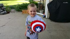 With this pattern, you will be able to make a super hero shield for your little…
