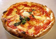 Pizza du soleil : recette de pizza aux tomates, chou-fleur et courgettes jaunes