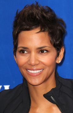 faux-hawk meets elegance. of course halle berry does is gracefully.
