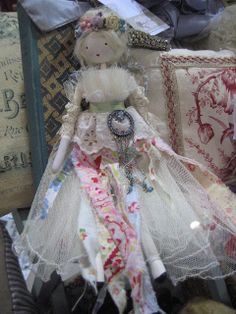 (From Treutmade's stall - beautiful sewing box, I love the colour!) This morning I went to The Vintage Bazaar in Frome, Today I . Christmas Tree Fairy, Christmas Angels, Christmas Ideas, Fairy Crafts, Doll Crafts, Felt Fairy, Clothespin Dolls, Doll Maker, Fairy Dolls