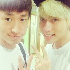 Oh gosh! Tablo and Jonghyun!! ^^