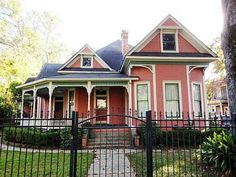 1902 Queen Anne - Shreveport, LA - Old House Dreams