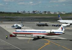 Essential information on transportation options for getting to and from LGA. Take a taxi, car, shuttle or even the subway from LaGuardia Airport to Manhattan.