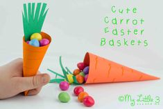 Cute Carrot Easter Baskets and Free Printable. Perfect for Easter egg hunts or to fill and give as Easter gifts.