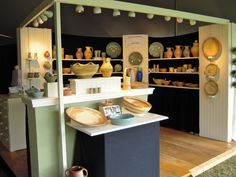 Google Image Result for http://twopotters.com/blog/wp-content/uploads/2010/10/Booth.jpg