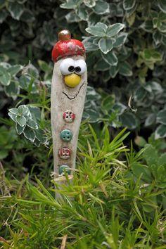Pflanzen- & Gartenstecker - Blumenstecker Mütze - ein Designerstück von ThoLiKo bei DaWanda