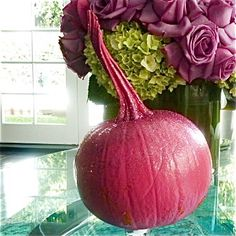 Platinum pumpkins: Hot pink metallic Made by Teri Rees Wang for House of Holland, Hollywood. Pink Halloween, House Of Holland, Pumpkins, Watermelon, Hot Pink, Metallic, Hollywood, Pink, Pumpkin
