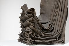 Miku Watanabe (folded clay sheets) #ceramic  #abstract #sculpture