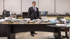 """Moro diz em entrevista : Políticos não têm interesse em combater a corrupção Para o juiz federal Sergio Moro, responsável pela Operação Lava Jato, falta interesse da classe políticabrasileira em combater a corrupção. """"Lamentavelmente, eu vejo uma ausência de um discurso mais vigoroso por parte das autoridades políticas brasileiras em relação ao problema da corrupção."""