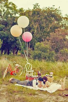 18 Rustic Wedding Picnic - Perfect Decor Ideas ❤ See more: http://www.weddingforward.com/rustic-wedding-picnic/ #weddings #decoration