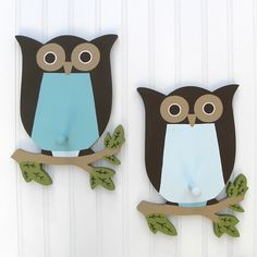 owl decorations for wall. Would be nice hand towel racks for the bathroom