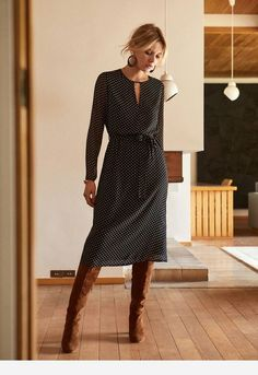 Winterkleid Winterkleid The post Winterkleid appeared first on Mode Frauen. Mode Outfits, Fall Outfits, Casual Outfits, Fashion Outfits, Womens Fashion, Workwear Fashion, Fashion Hacks, Mode Chic, Winter Dresses