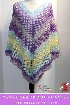 A lightweight and breezy mesh poncho. The crochet pattern is easy and free. I think I need to make one in all white for the next time I get to stroll on the beach. Crochet Poncho Patterns, Crochet Scarves, Crochet Shawl, Crochet Yarn, Crochet Clothes, Crochet Hooks, Free Crochet, Crochet Top, Crochet Ideas