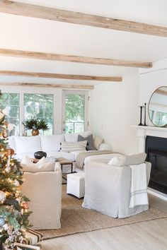 Nov 2019 - The addition of beams to ceilings in your home can transform the look and the feel of the ream. These faux beams are lightweight and easy to install! Faux Ceiling Beams, Faux Beams, White Ceiling, Wood Beams, Beam Ceilings, Living Room Designs, Home Living Room, Living Room Decor, Dining Room