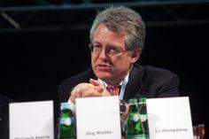 Jörg #Wuttke – Główny Przedstawiciel, #BASF China, Prezes Zarządu, Komitet Doradczy Biznesu i Przemysłu przy OECD, China Task Force/Chief Representative, #BASF China, Chairman, Business and Industry Advisory Committee to the OECD, #China Task Force