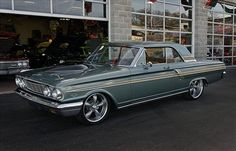 1964 Ford Fairlane in green