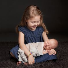 Lovely newborn sibling photography