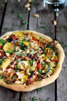 Moroccan Roasted Garlic Pesto and Cashew Pizza