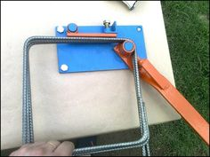 Metal Bending Tools, Metal Working Tools, Metal Tools, Metal Projects, Welding Projects, Homemade Tools, Diy Tools, Concrete Tools, Metal Bender